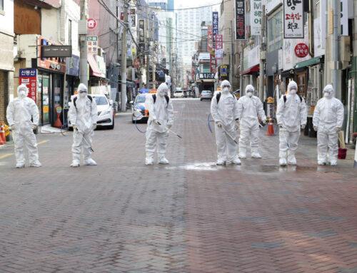 Desinfección de Calles y Espacios Públicos con Hipoclorito de Calcio: Un golpe duro al COVID-19